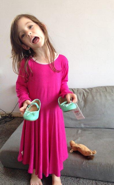 אומנות השיגרה - גברת נעלי טינקרבל